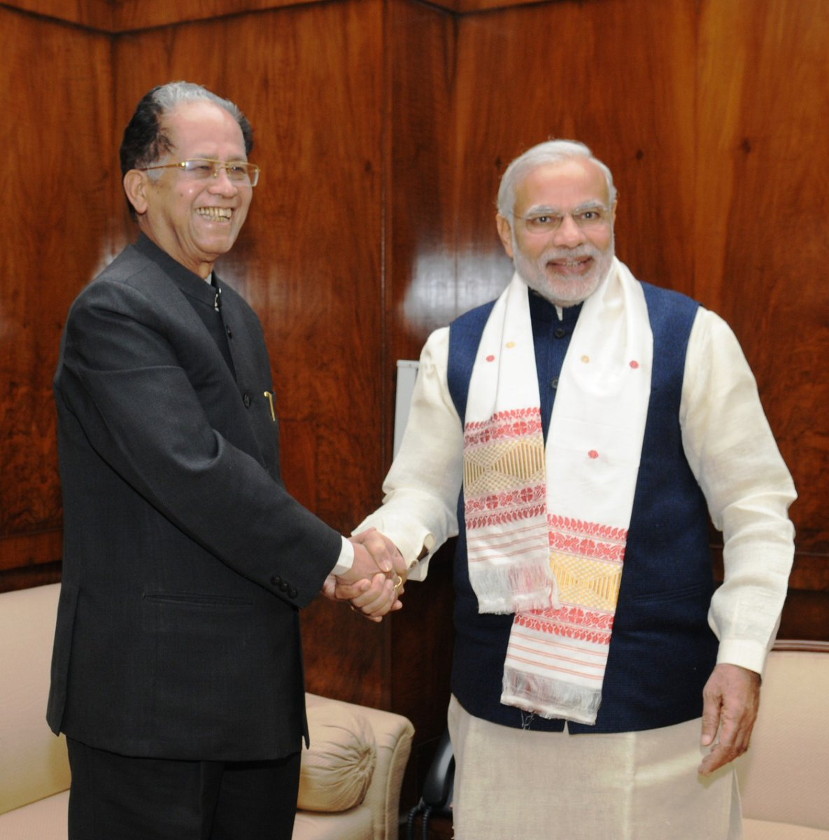 Shri Tarun Gogoi Ji was a popular leader and a veteran administrator, who had years of political experience in Assam as well as the Centre. Anguished by his passing away. My thoughts are with his family and supporters in this hour of sadness. Om Shanti.