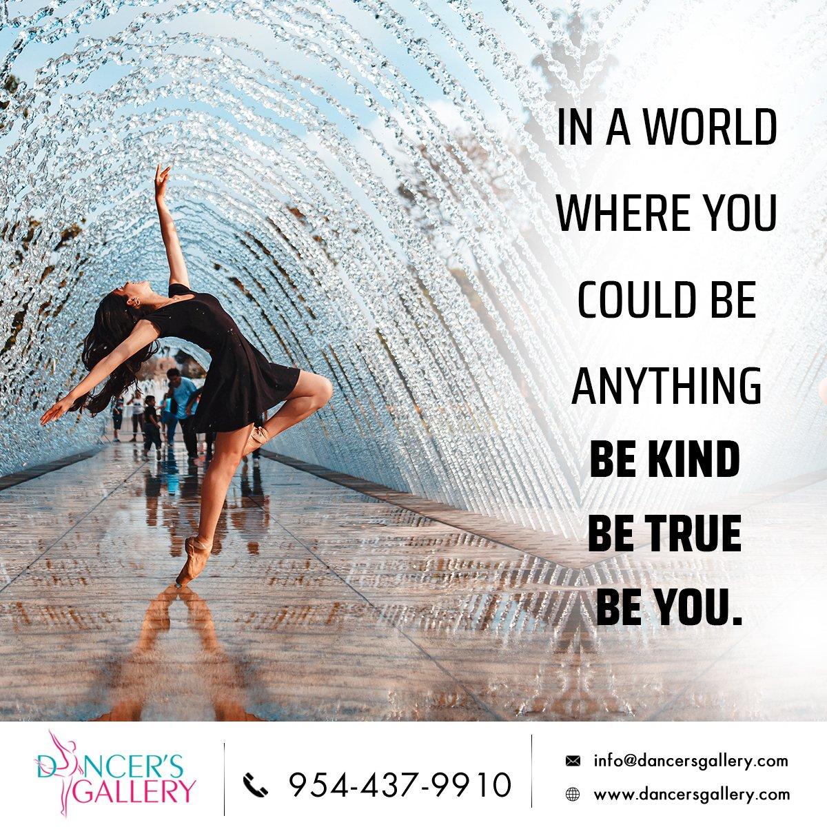 #dancersgallery #danceclasses  #performingartsschool #dancestudio #dancers #dance #dancelove #dancelife #lovedance #coopercity #davie #danceforever #dancestudiocoopercity #dancestudiodavie #amazingdancers #happyteachers https://t.co/8DjxK3euTI