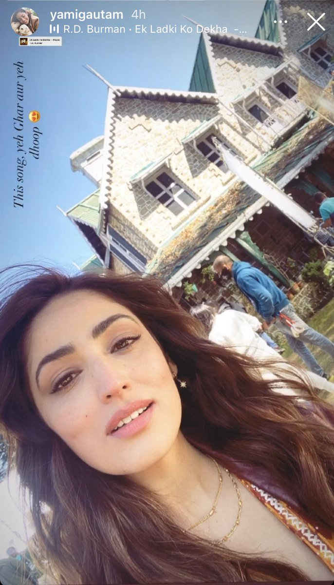 Ufff @yamigautam 🔥 Yeh doop..yeh stunning face..yeh back drop n the song 🎶💕💕💕💕💕 #BhootPolice diaries... Yami , @arjunk26 will fall in love with u 😉🙃🙈🙈  Have a nice day at shoot 🙌🏽