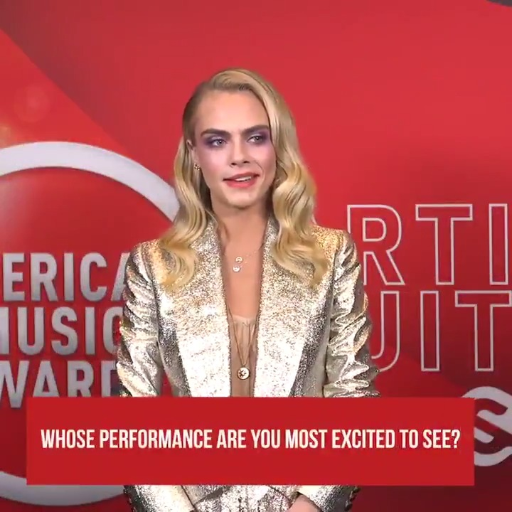 Guess who @Caradelevingne was most excited to see take the #AMAs stage?