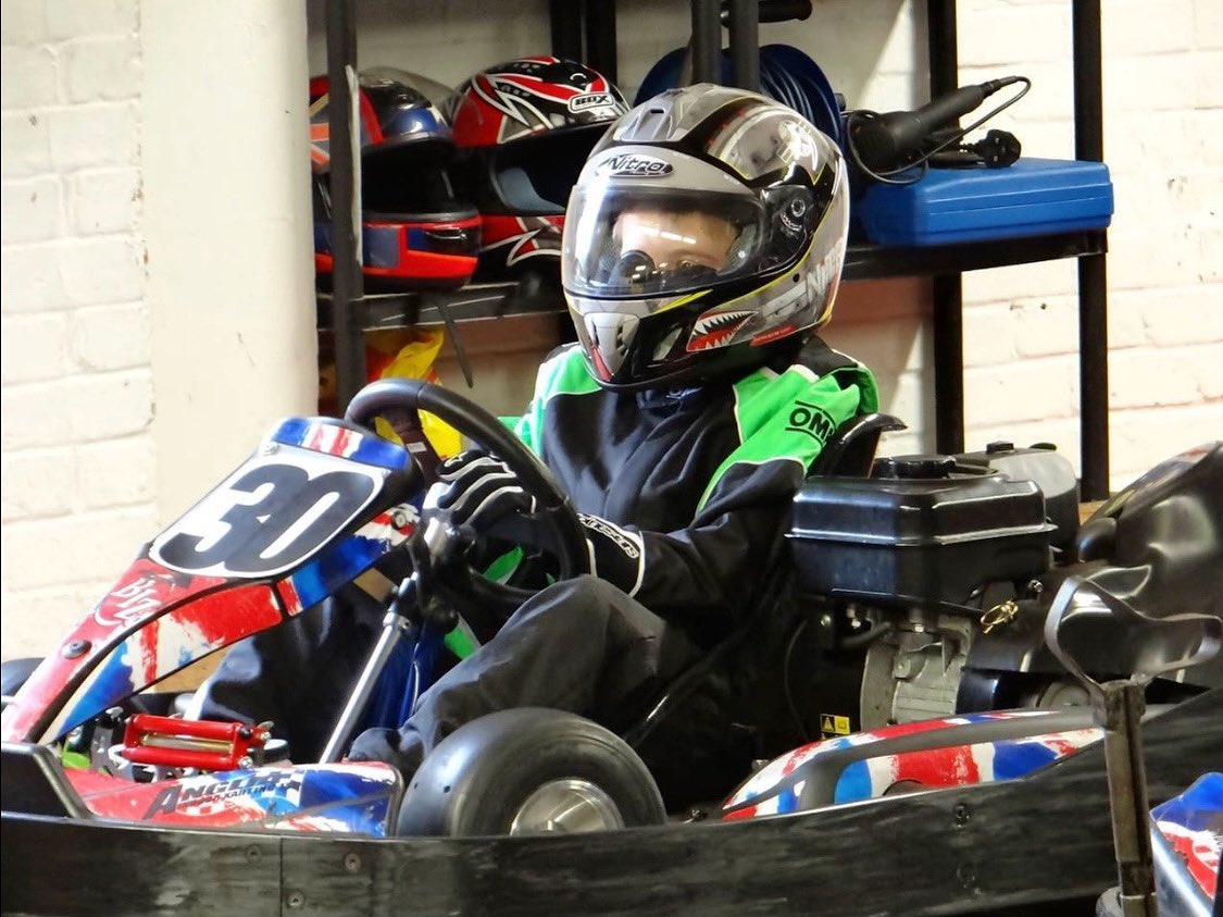 How did I managed to win anything in this helmet 🙈😂  #throwback to @angliaindoorkarting Cadet Club May 2013  #motorsport #karting #clubracinguk #ambassador