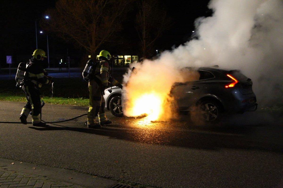 Auto uitgebrand op de Klok in Gorredijk -.