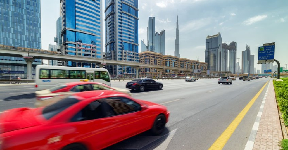 #emirates #dubai #driving #4x6photo After moving to the #UAE it is essential to get a driver's license. The practical test & training are required even for holders of #driveringlicense issued by another country. Take a photo for #UAEdrivinglicense online: