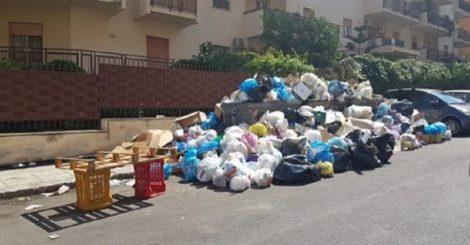 Emergenza rifiuti, comuni del Palermitano potranno conferire a Trapani - https://t.co/1GNekl4yFX #blogsicilianotizie