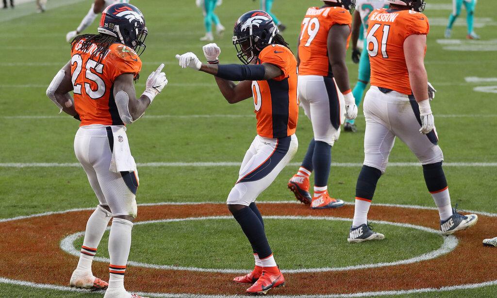 Grazie ad una difesa asfissiante i Denver Broncos battono i Miami Dolphins che hanno sostituito Tagovailoa nel quarto quarto (by Francesco Di Taranto) - https://t.co/26wPl8ZLvq - #Huddlemag - #nfldaznitaly https://t.co/SnttF9Ohuk