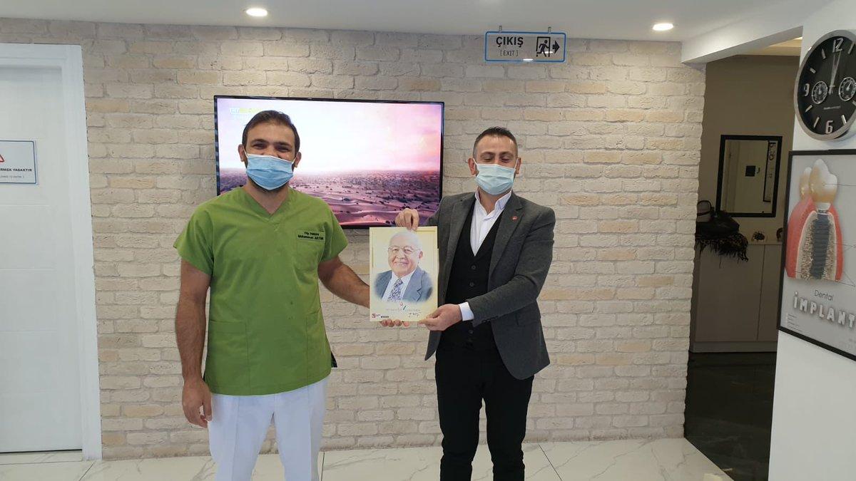 İlçe Bşk. Sn. @BurakTurhan061 ve Yön. Kur. Üye. ile 22 Kasım Diş Hekimleri Günü münasebetiyle,  Sn. Muhammed Aktürk'ü polikliniğinde ziyaret ettik.Misafirperverliği için kendisine teşekkür eder tüm hekimlerimizin gününü tebrik ederiz. @gencsportahisar @ortahisarkadin https://t.co/CAFhyQ6fhO