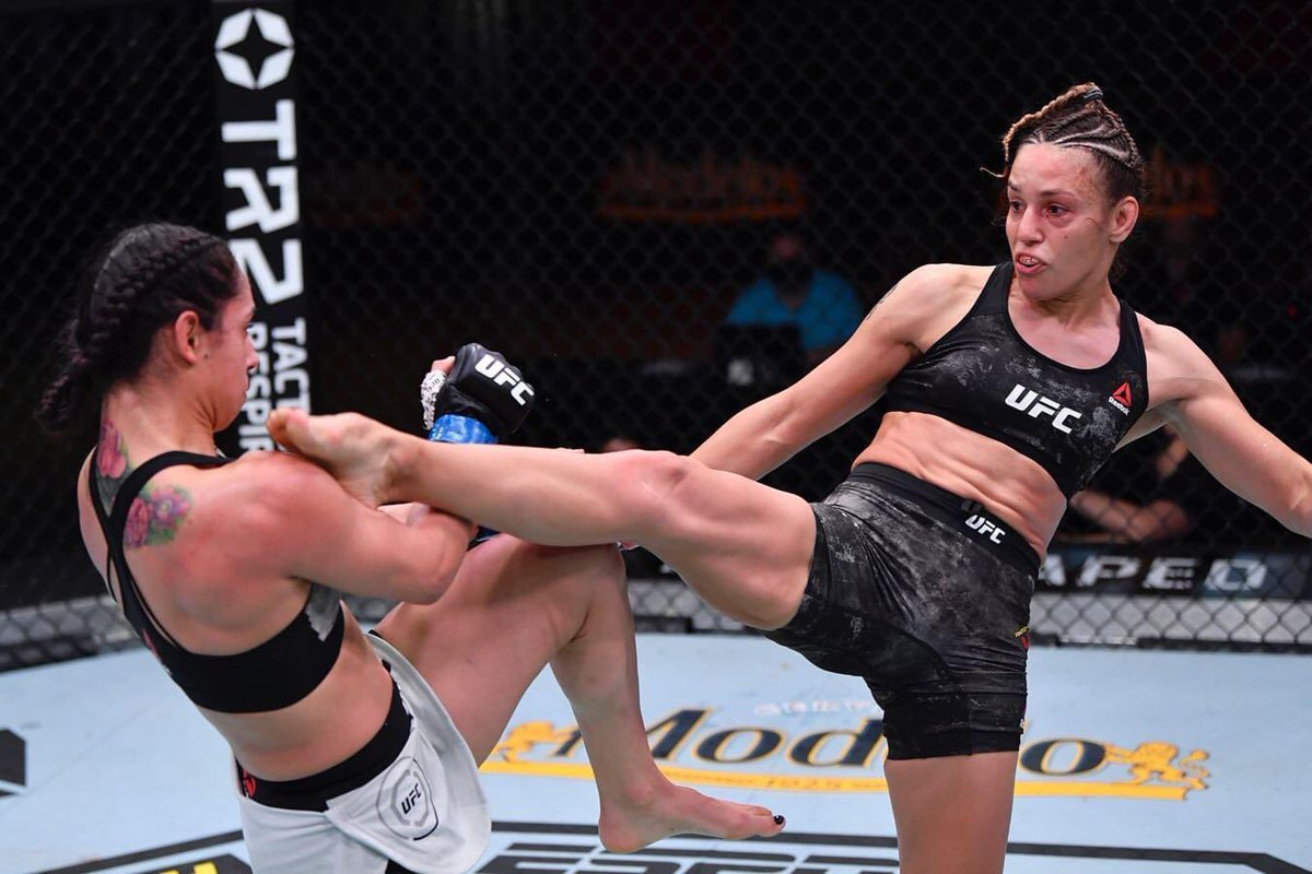 #UFC255