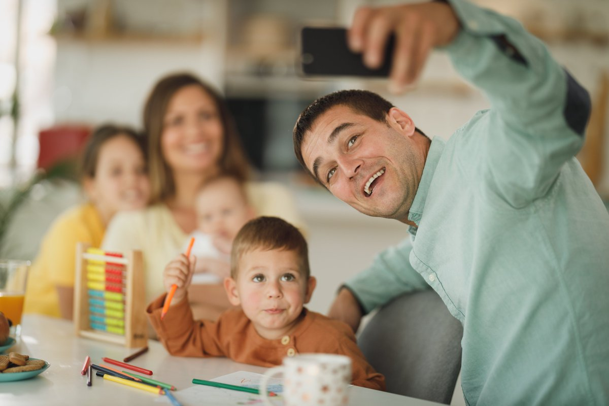 New family themes added daily! #familytime #selfie #togetherness #family #makingmemories #people #parents #laughter #love #designelements #stockphoto #stockphotography #freestock #freestockphoto #advertising #creative #creativecommons #cc0 #stocksnap