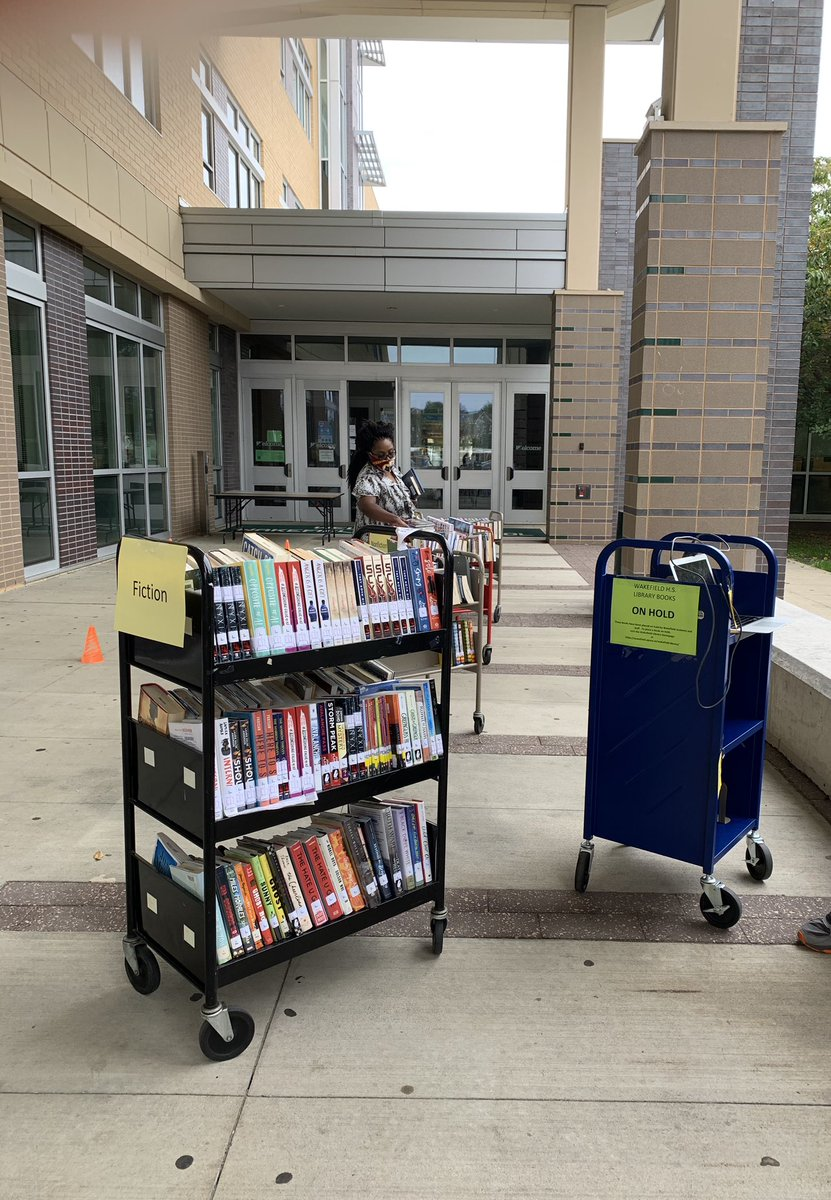 Food Distribution is Tues. Nov. 24th (11-1) at APS Schools. Families will receive 5 days of food. The cafeteria staff is working hard to prepare. Every APS family is welcome to participate. Our pop up library is open too! <a target='_blank' href='http://twitter.com/wakefieldptsa'>@wakefieldptsa</a> <a target='_blank' href='http://twitter.com/principalWHS'>@principalWHS</a> <a target='_blank' href='http://twitter.com/bsanders138'>@bsanders138</a> <a target='_blank' href='http://twitter.com/wakefieldchief'>@wakefieldchief</a> <a target='_blank' href='https://t.co/1WyE4l5NmG'>https://t.co/1WyE4l5NmG</a>