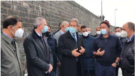 Avvio pulizia fondali porticciolo Ognina, sopralluogo del Presidente Musumeci e dell'assessore Falcone - https://t.co/ThAoiXVwaP #blogsicilianotizie
