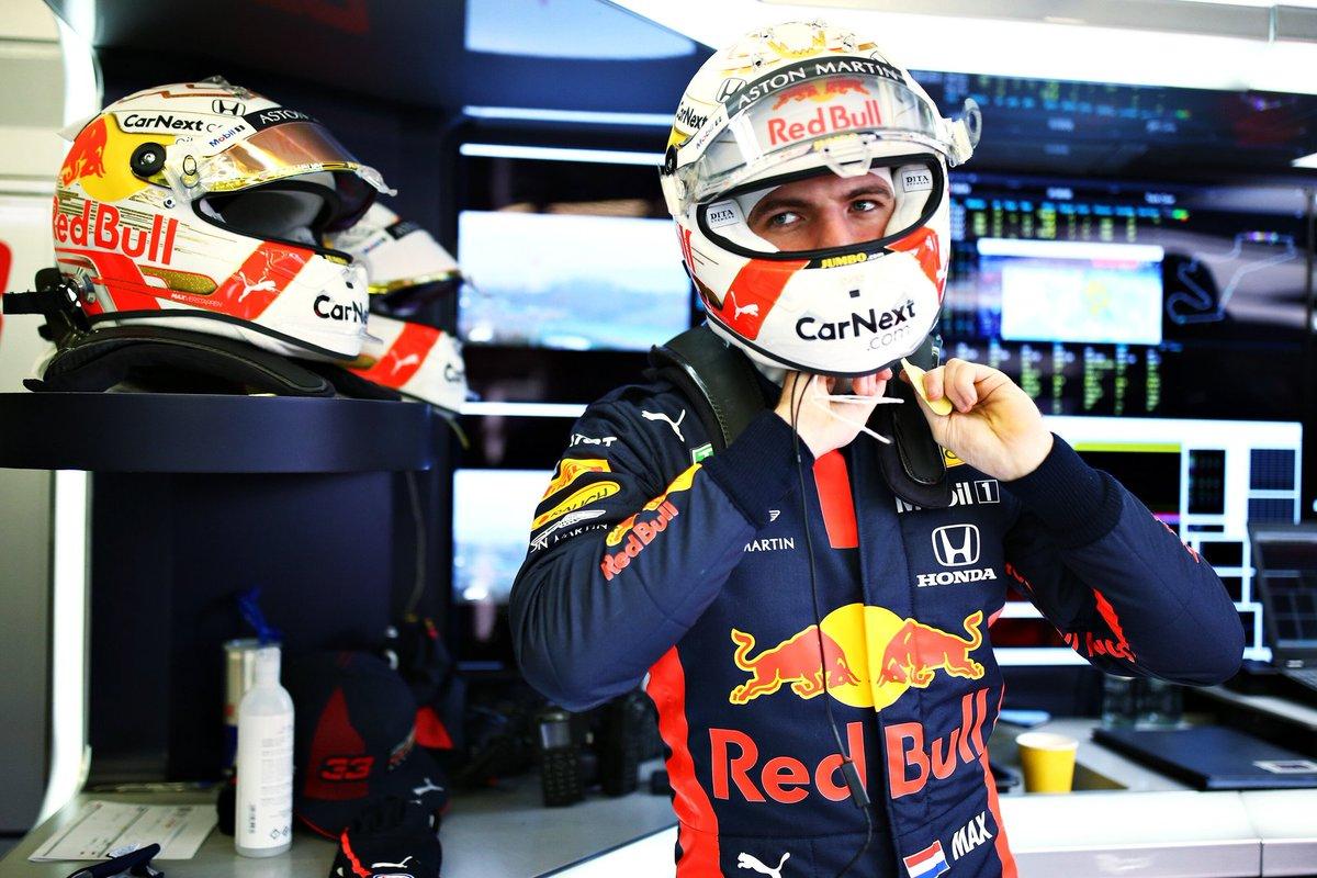 VAMOS DE RACE WEEK.   GP do Bahrein no próximo domingo.   #MaxVerstappen #F1 #BahrainGP 🇧🇭 @BAH_Int_Circuit https://t.co/NWsRKqfjEw