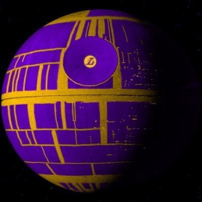I don't want to see LeBron and AD play more than 20 mins a game until March. Pelinka is pulling an absolute MASTERCLASS.  The Lakers Death Star is almost fully operational https://t.co/v7naOouWSD