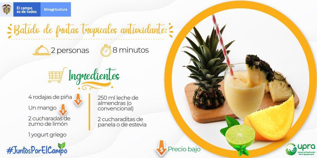 🛒Disfruta el mejor #SaborDeColombia   Hoy traemos la receta de un delicioso batido hecho con #piña🍍y #mango🥭. Frutas que han mantenido ⬇️ bajo precio por más de cuatro semanas, de acuerdo con el reporte de abastecimiento de #UPRA y #Sipsa @DANE_colombia #JuntosPorElCampo https://t.co/ze44RQBgvm