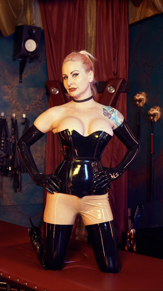 Inspiration: @dahlia_domina Onlyfans.com/domina_dahlia YOU ARE ABOUT TO ENTER MY PERVERTED WORLD Come and surrender to me. Tell me your fantasies and allow me to fulfill your every desire. I truly enjoy bringing you into your deepest most erotic subspace.
