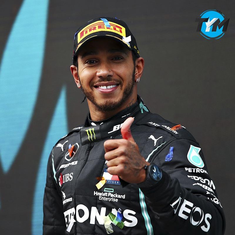¡ Ahora será, Sir @LewisHamilton ! 🎖  🤩  El piloto británico recibirá el título de caballero por parte de @RoyalFamily 🇬🇧 después de ganar su séptimo título mundial de @F1 🏎  ❤️  para este gran reconocimiento  #TyM #LewisHamilton #Hamilton #Formula1 #F1 https://t.co/ZNs4Wu2PjO