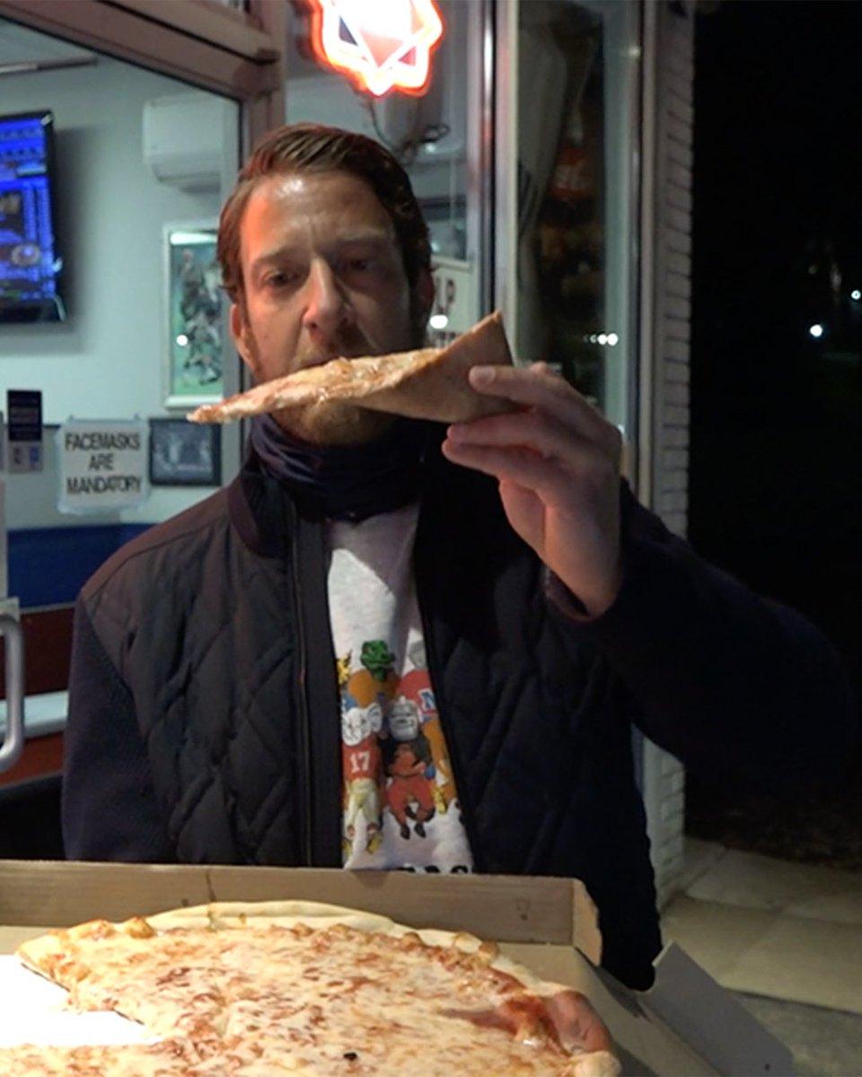 Barstool Pizza Review - Campus Corner (Villanova, PA) https://t.co/m7JEgVe91E