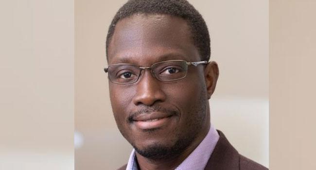 US Hails Nigerian Who Helped Develop COVID-19 Vaccine https://t.co/81GeoFLn8M https://t.co/22pOztcFNO