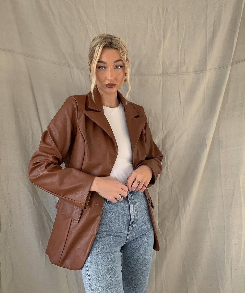 Image for Faux leather stylin 🍂   The winnie blazer styled by @ameliakay__ 📸   Shop the look 👉🏽 https://t.co/5y08kiUfWH https://t.co/bDdh0ABVyl
