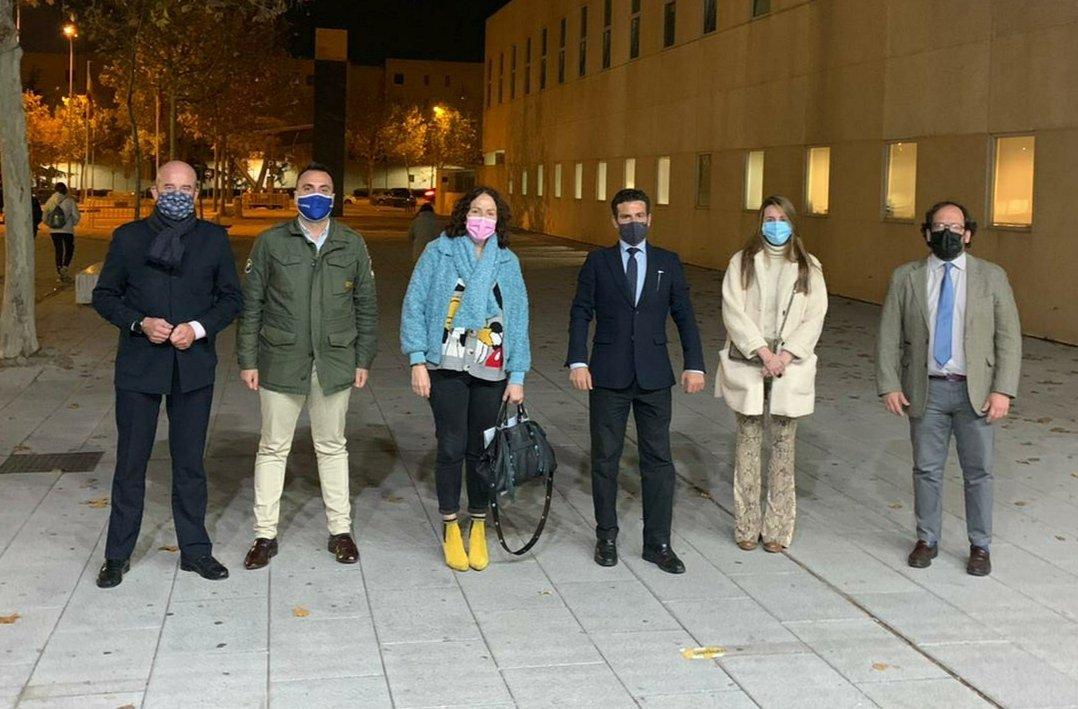 🔵La coordinadora de @ppmadrid de la zona 3 de Madrid @lsfernandeza, con @bolarin79, ha acudido al Comité Ejecutivo de @PPAlcobendas con la presencia de la sec. de municipios, Lola Martínez, y el pvoz.adjunto de @PPdeBilbao @carlosdavidgf 💬El miedo hay que sacarlo de la sociedad https://t.co/5KT48pfwyM