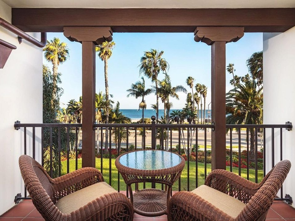 When you're ready to visit, hotels throughout the #SantaBarbara South Coast are open and eager to welcome you back to our beautiful city.   In fact, many area hotels are secured a Clean & Safe Certification from @CALodging: