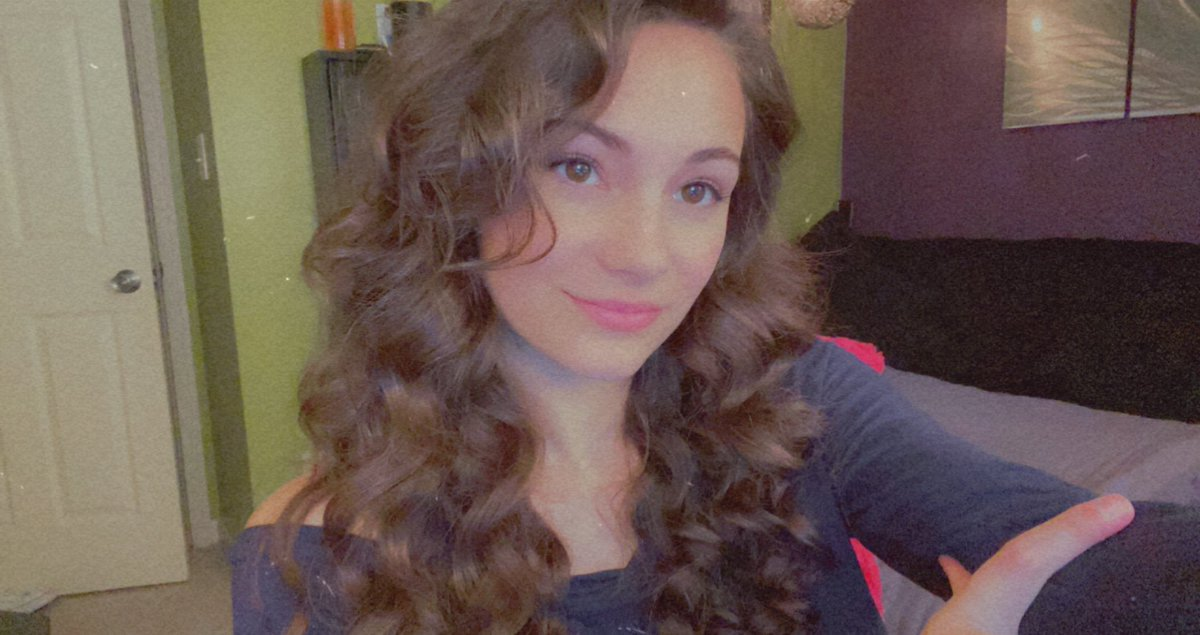 Alexia Raye - LIVE :)   playin a lil minecraft before shadowlands