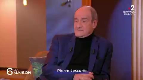 """Le @Festival_Cannes placé sous haute surveillance, surtout depuis l'attentat du 14 juillet à Nice. 💬 @PierreLescure, son Président : """"Chaque matin, le maire de Cannes, les plongeurs sous-marins, la police municipale (...) se réunissent pour identifier les risques"""" #6ALaMaison"""