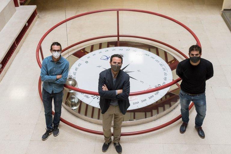 """Científicos españoles lograron demostrar la existencia del 5to estado de la materia: """"cristales de tiempo"""" https://t.co/pIf7RHnABV https://t.co/qaeWzn5N14"""