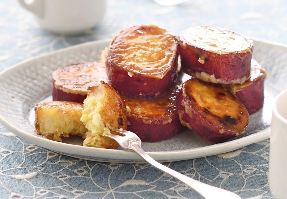 \ #クックパッドニュース 昨日の人気記事ランキング!/潰さずそのまま!簡単&絶品の「スイートポテトグラッセ」の作り方◯◯を入れるだけで酸っぱい梅干しが甘くなる!?「梅おにぎり」「白菜」をきれいに切る方法