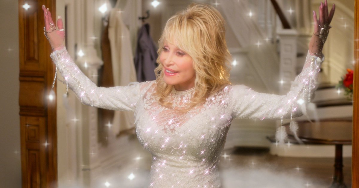 """Join 9 people right now at """"Dolly Parton Netflix Costumes Are Peak Holiday Fashion"""" #cheers #fashion #christmas #refinery #costumes #netflix #outfits #holiday #square #parton #dolly #peak"""