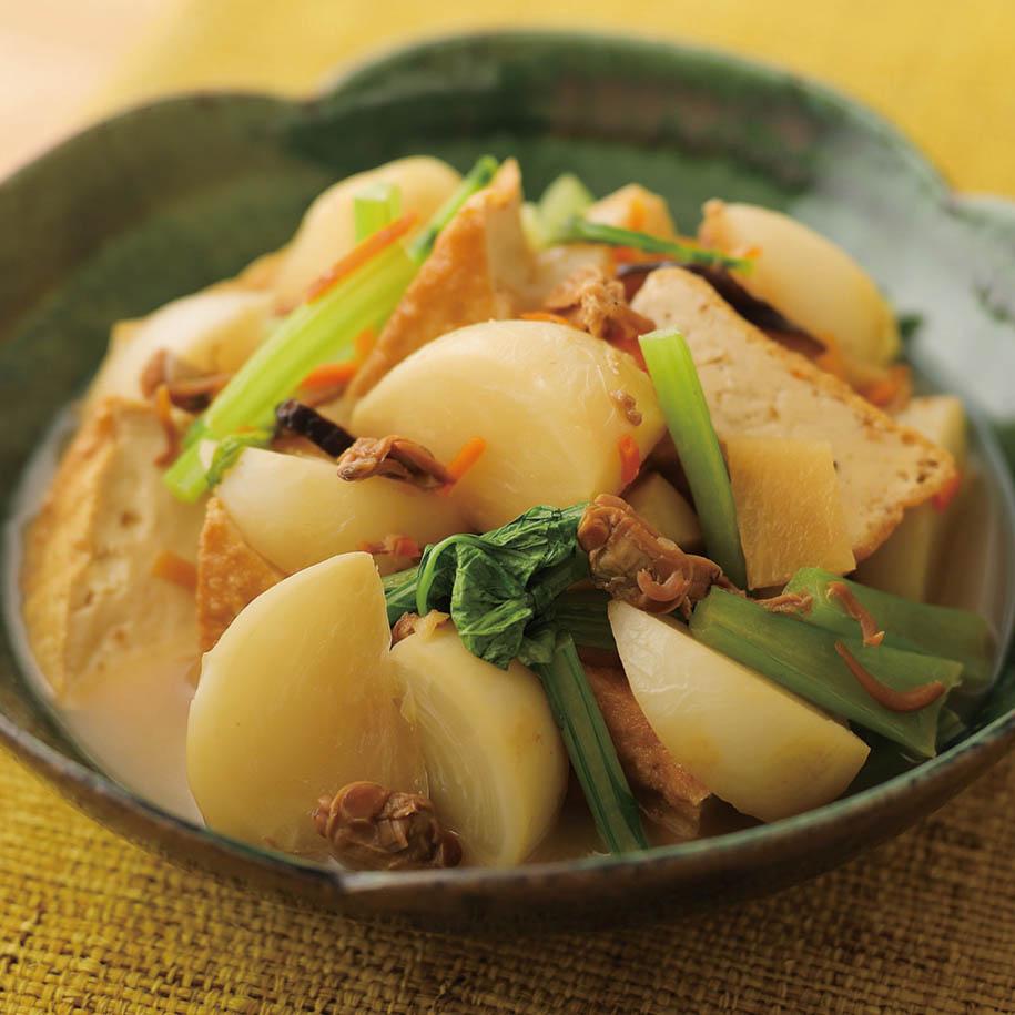 11月24日は #和食の日釜めしの素でラクラク煮物にチャレンジはいかがでしょう。「CO・OPあさり釜めしの素」を使えば あさりとかぶのさっと煮ができますよ✨(`・ω・´)カマメシノモト ハ「ゴモク」ヤ「トリ」モ アリマスヨ…!🔽詳しいレシピはこちら🔽