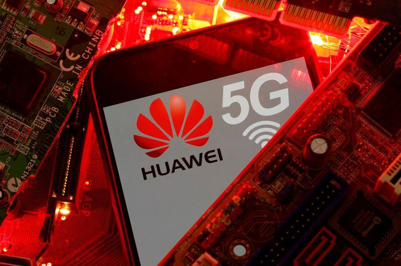 Britain's telcos face fines if they use suppliers deemed high-risk, like Huawei https://t.co/NvoYdfLgwm https://t.co/TBrhso7wrW