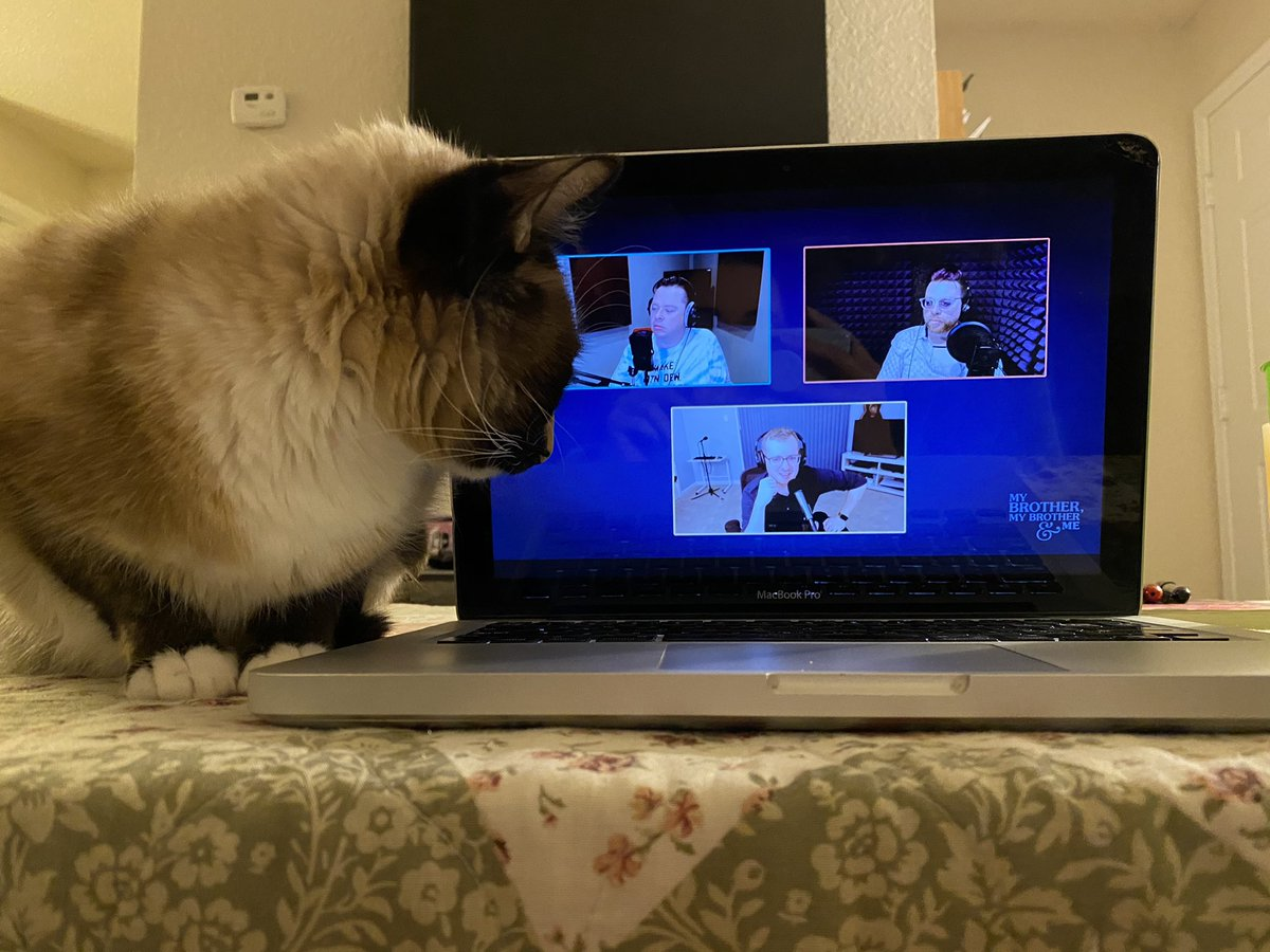 Mina also wanted to watch #MBMBaMLive