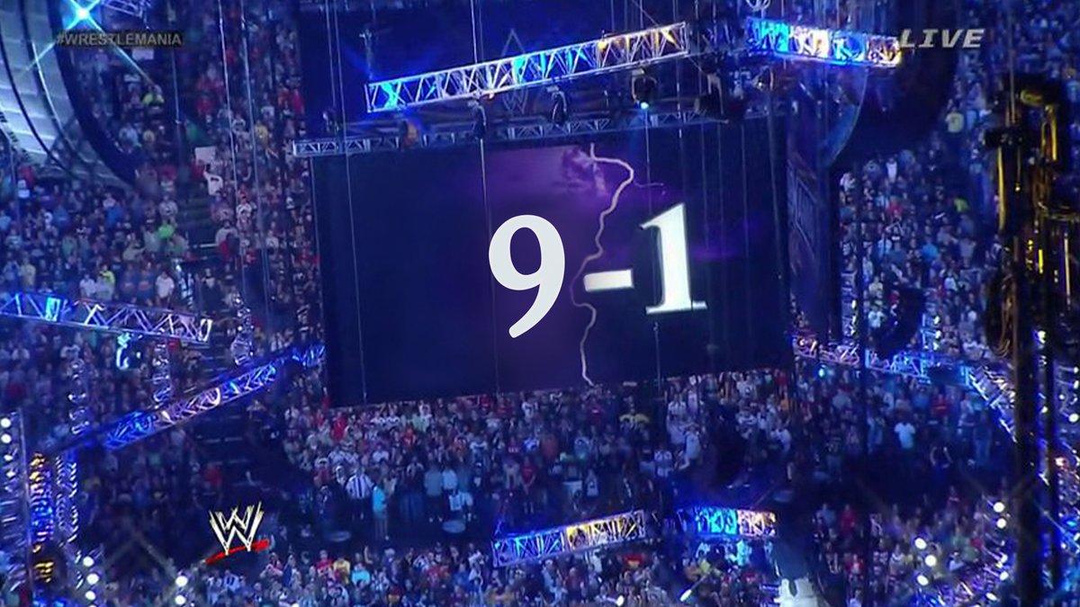 @WWEonFOX's photo on #WWERaw