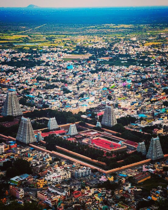 Arunachaleswarar temple believed to be the largest temple in the world of shiva worshipped as annamalaiannal who is most sacred form of the manifestation of Lord Siva https://t.co/6cI13yqLO3