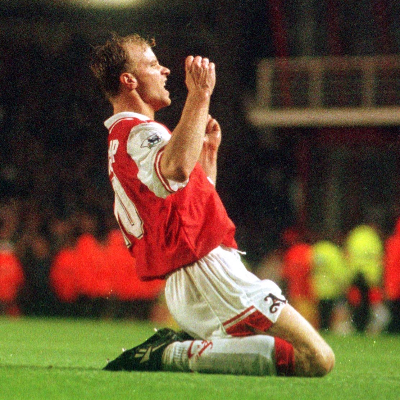 "📣 ""Legends... 𝗔𝗦𝗦𝗘𝗠𝗕𝗟𝗘!""  1️⃣ @IanWright0 2️⃣ @TonyAdams 3️⃣ Dennis Bergkamp  🗓 #OnThisDay in 1996..."