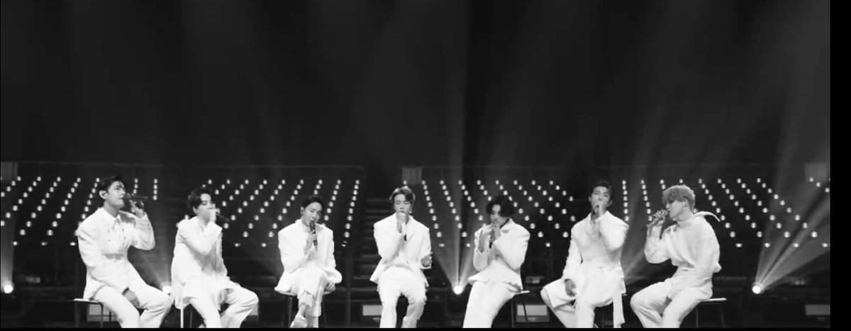 グクの最後の衣装はMVに出てたLGOの衣装なんだね😢 ステージでこの衣装を生で🙏🏻🙏🏻   #BTSxCorden