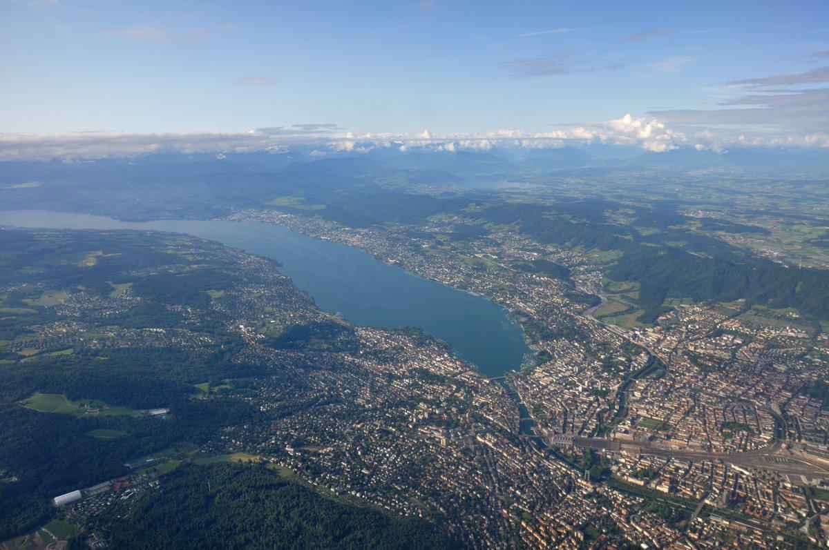 """The """"little big city"""" from above #zurich #cityofgold #aerialphotography #birdview #inlovewithswitzerland #VisitZurich"""