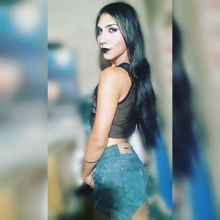 Nos seguimos?? 🥰 #SiguemeYTeSigoDeVuelta #SIGUEME #SiguemeYTeSigoAlInstante #follow #followforfollow #f4f #like #seguime #BlackFriday2020 #argentina #androgynous #lgbt #ladyboy #makeup #beauty #post