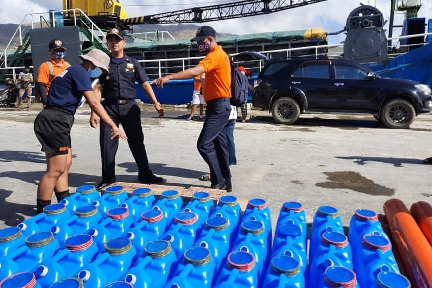 Personnel of BRP Malapascua (MRRV-4403) safely transported 467 boxes of six-liter purified drinking water for typhoon-stricken families in #Virac, #Catanduanes  The donations were prepared by the 901st PCG Auxiliary Squadron in #Albay to aid the recovery of the municipality.  PCG