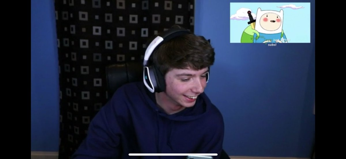so honking proud of karl, my comfort streamers and one of my favoritepeople in the world <33 #KARL700K