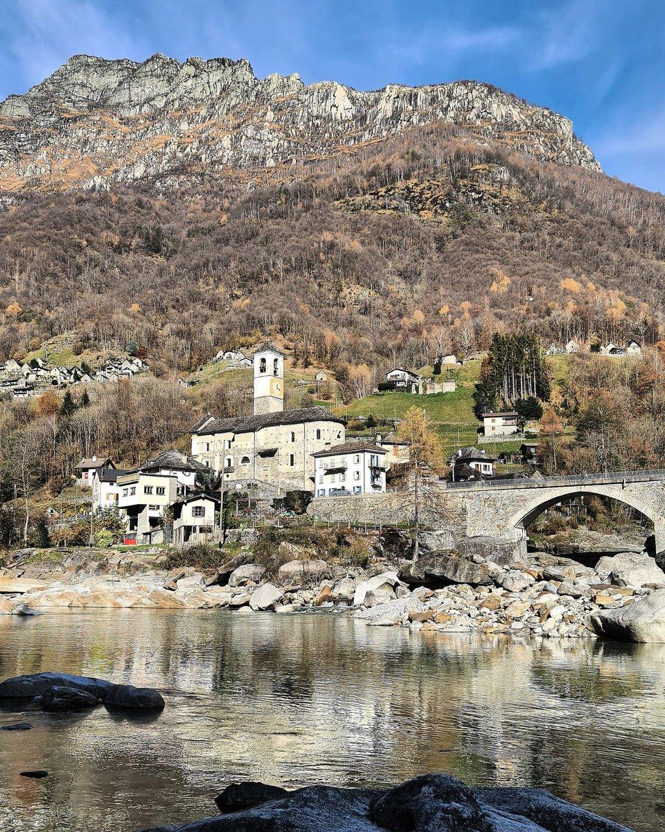 Famous bridge in Lavertezzo. Italian speaking part of Switzerland...  #Ticino #Bridge #Village #Verzasca #Hiking #Switzerland_Destinations #InLoveWithSwitzerland #RStWPhotography #PlaceToBe #Swisspic #SwitzerlandPictures #AroundTheWorld #WorldTraveller #LetsGoSomewhere