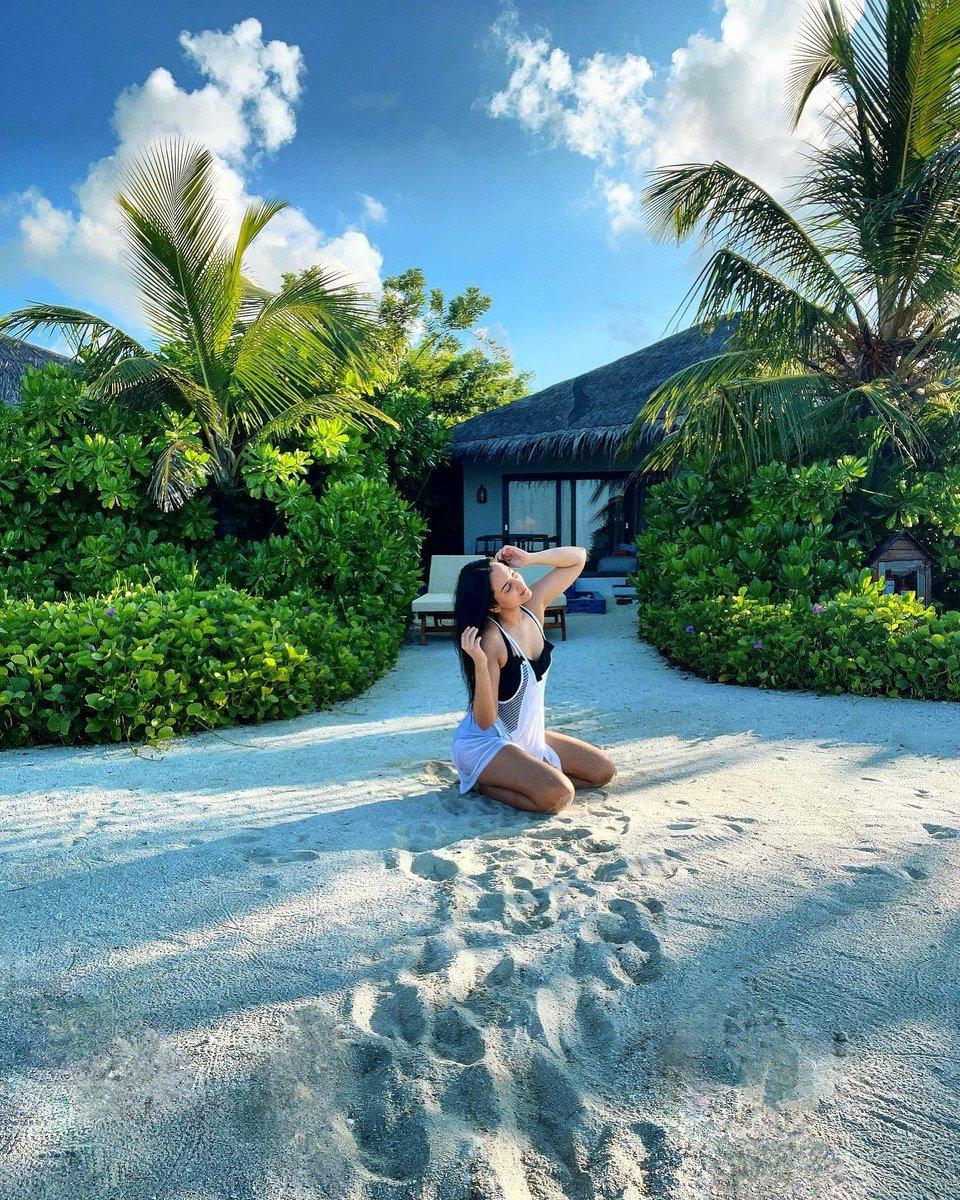 #SonakshiSinha #Maldives