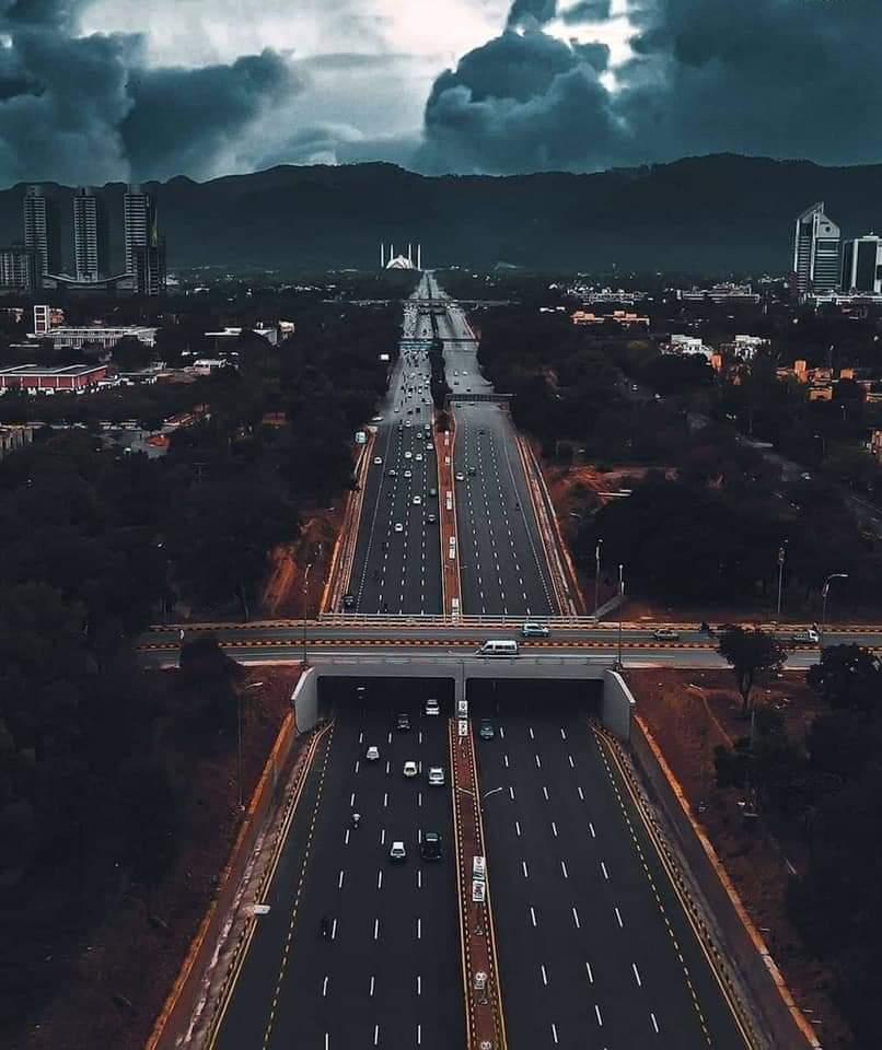 اسلام آباد کو ایسے ہی دنیا کا دوسرا خوبصورت ترین دارالحکومت نہیں کہا جاتا۔❤