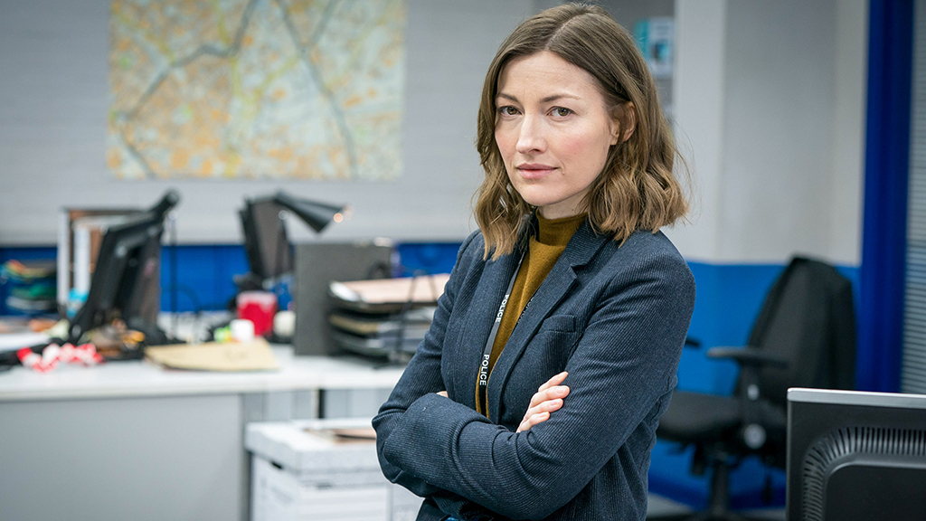 Filming wraps on #LineOfDuty series six, as first images of Kelly Macdonald as DCI Joanne Davidson are revealed:
