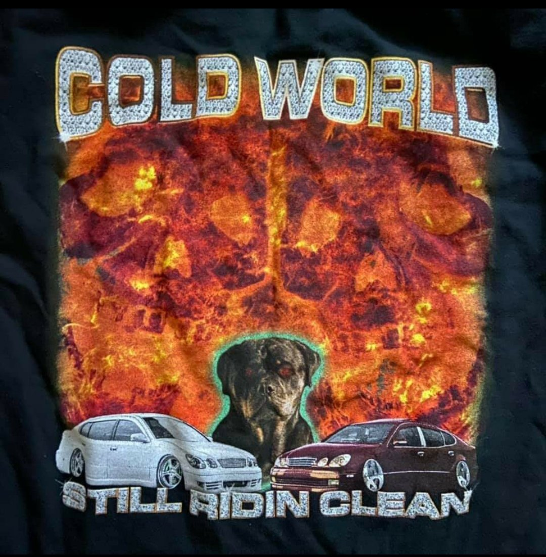 Alles was ich will ist dieses Cold World Shirt https://t.co/9M24veaToU