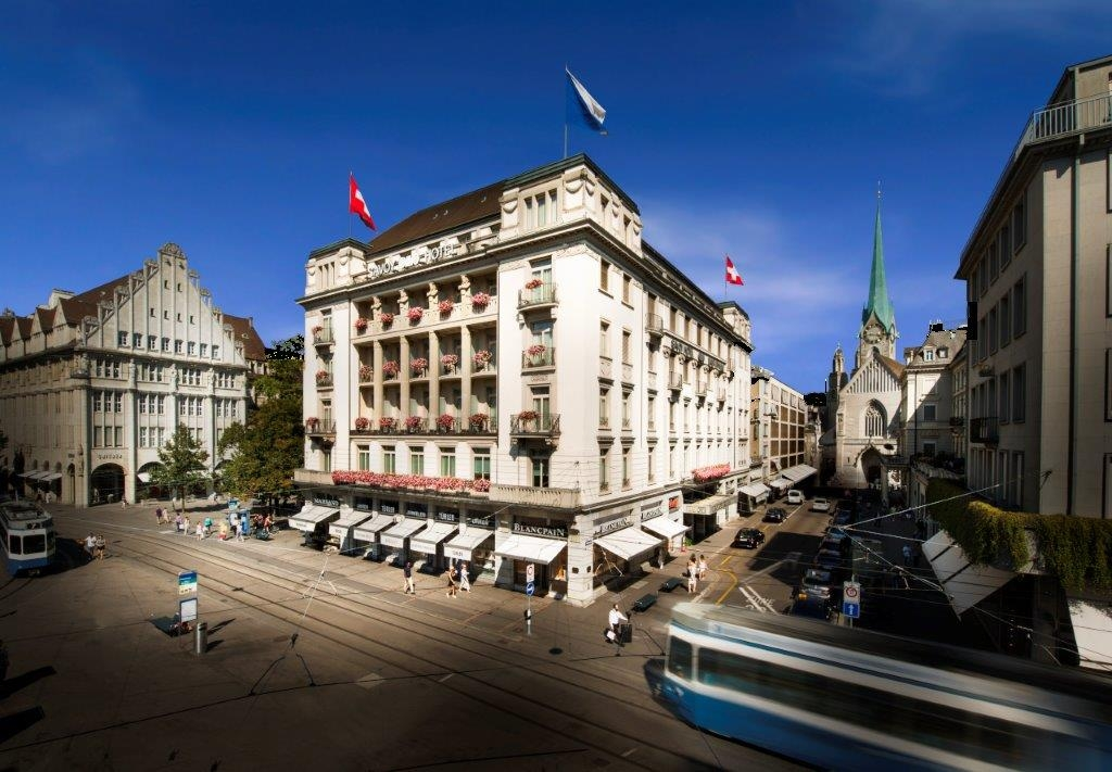 More breaking news! @MO_HOTELS will manage the historic Hotel Savoy Baur en Ville in the city centre of @ZurichCVB after its refurbishment in 2024. It will have 80 hotel rooms and several meeting rooms. #inLOVEwithSWITZERLAND #IneedSwitzerland #eventprofs