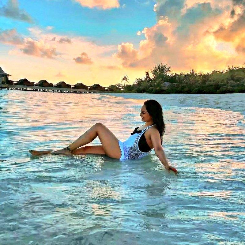 #SonakshiSinha in #Maldives