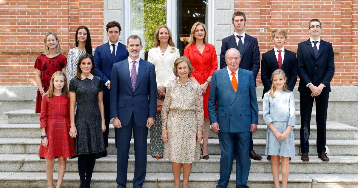 Razones para seguir con la monarquía - Página 3 Enll_KiXEAIJwFy?format=jpg&name=medium