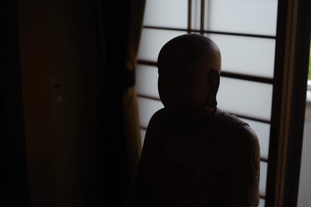 匿名の内部告発インタビューみたくなった仏像。#全日本失敗写真協会