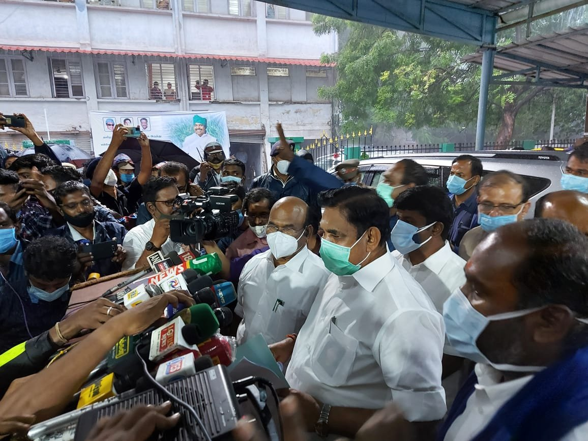 Tamil Nadu CM Edappadi K Palaniswami declares statewide public holiday tomorrow as #CycloneNivar is expected to cross Tamil Nadu-Puducherry coasts between Karaikal and Mamallapuram during late evening
